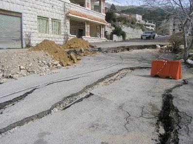 liban-les-structures-se-fissures-2012.jpeg