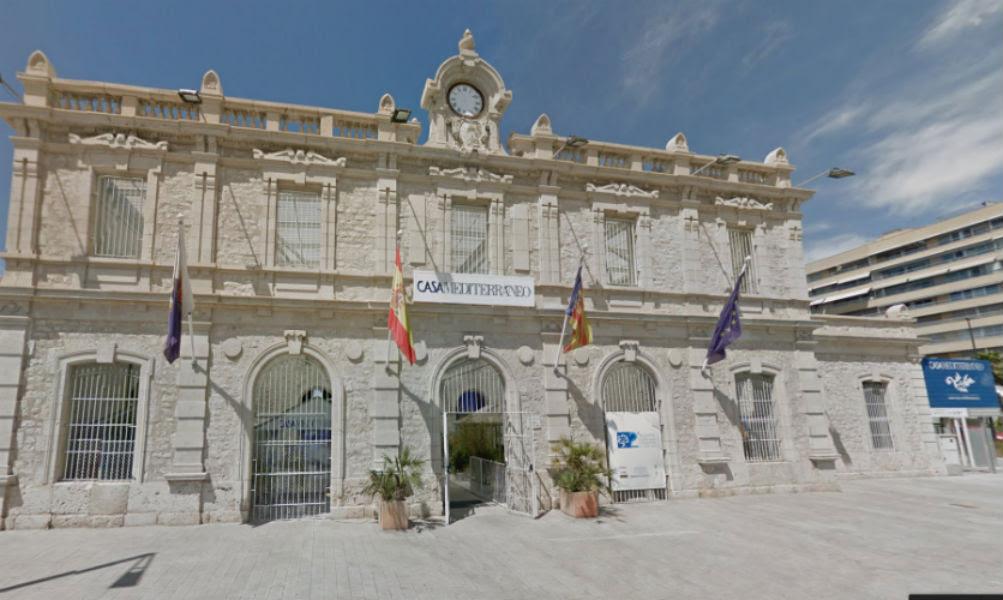Casa Mediterraneo en Alicante, antigua estación de Murcia
