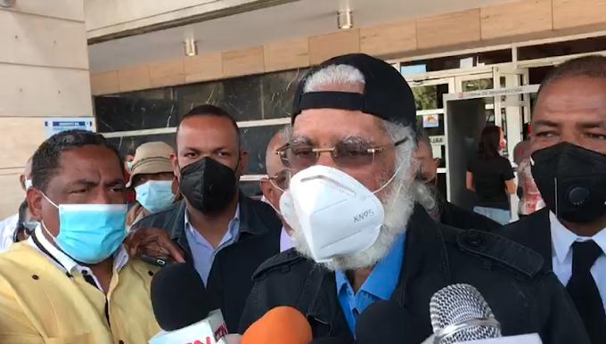 JUAN HUBIERES DEPOSITA UNA SERIE DE DENUNCIAS CONTRA LA CORRUPCIÓN Y OTRAS PROBLEMÁTICAS ANTE PGR