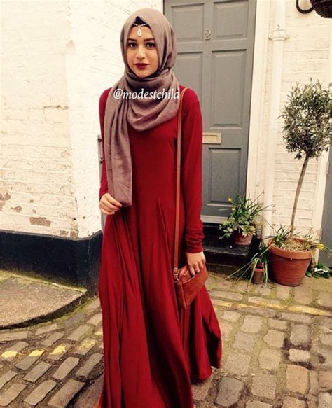 warna maroon sesuai  warna  desainrumahidcom