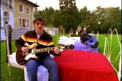 Makna Dibalik Lagu: Oasis ~ Don't Look Back in Anger