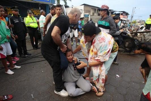 Σεισμός στο Εκουαδόρ: 272 οι νεκροί – Με γυμνά χέρια ψάχνουν επιζώντες στα ερείπια