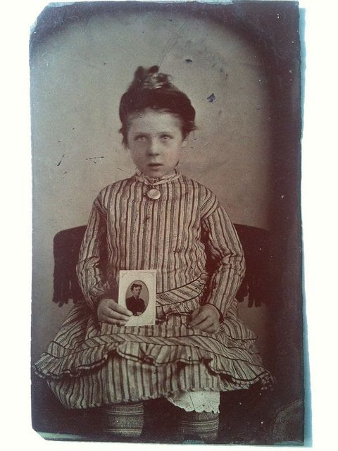 tintype of girl in mourning for her father