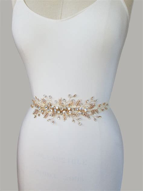 11 Seriously Stylish Bridal Sashes & Belts   weddingsonline