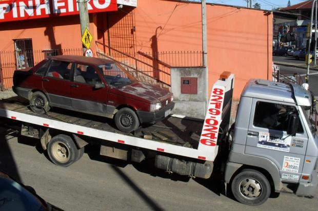 Transporte irregular é flagrado na Lomba do Pinheiro Brigada Militar/Brigada Militar/Divulgação