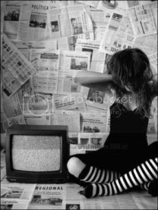 emo screaming girl w/ tv Pictures, Images and Photos