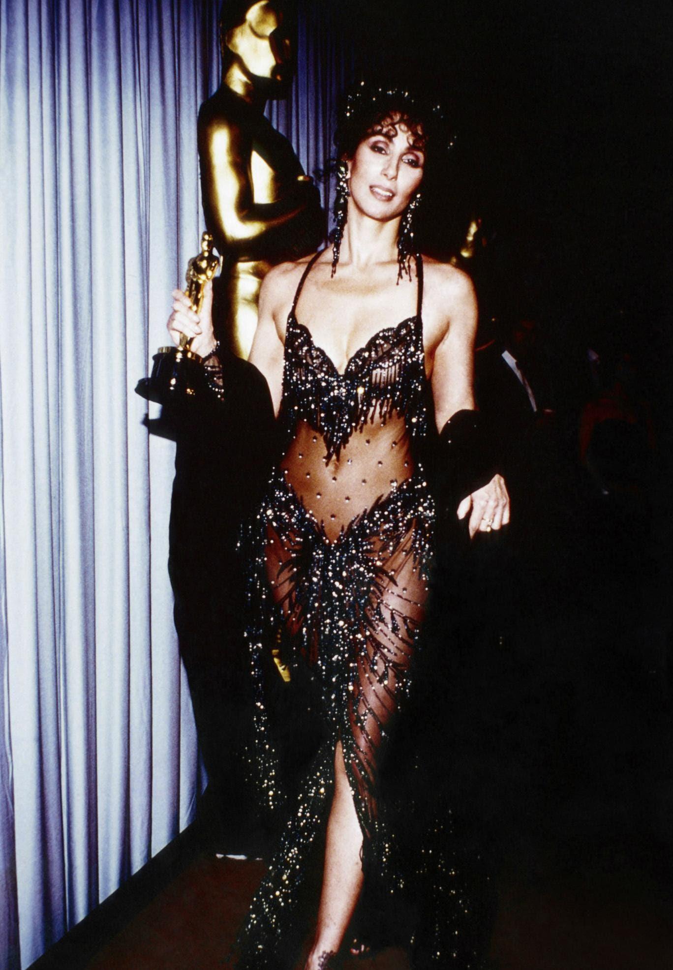 Cher's 1988 Oscar outfit