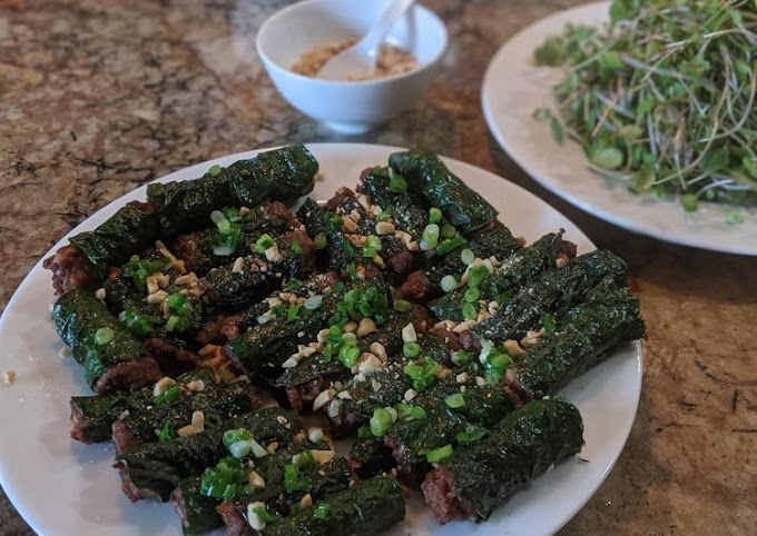 Recipe of Homemade Bò lá lốt (Meat wrapped in betel leaf)