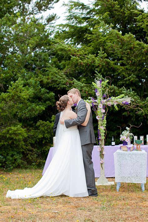 DIY Lakeside Wedding   Glamour & Grace