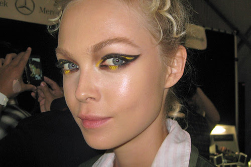 zac-posen-ss-2011-yellow-eyes