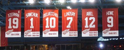 Red_Wings_retired_numbers