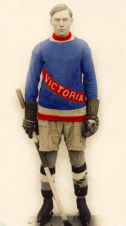 Victoria Aristocrats 1918-19 jersey photo Victoria Aristocrats 1918-19 jersey.jpg