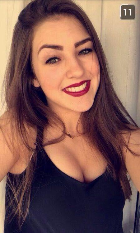 Fotos de uma loirinha novinha que caiu na net pelada pelo snapchat
