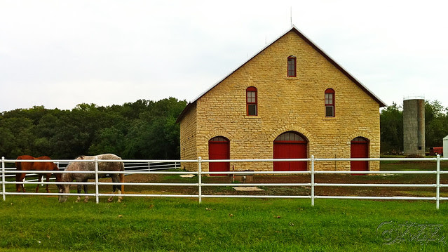 IMG_3391 KS horse barn
