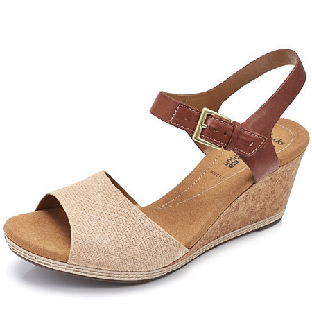 Clarks Helio Jet Wedge Sandal Wide Fit