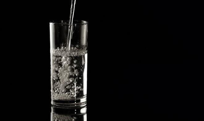 Власти Китая предложили премьер-министру Японии выпить якобы безопасной воды из Фукусимы