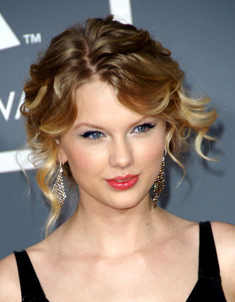 Inspired Blogs Taylor Swift Ugly Eyes