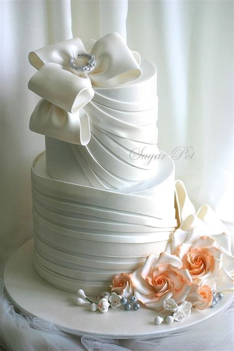 17 Best images about Coral & Pink Wedding Cakes on
