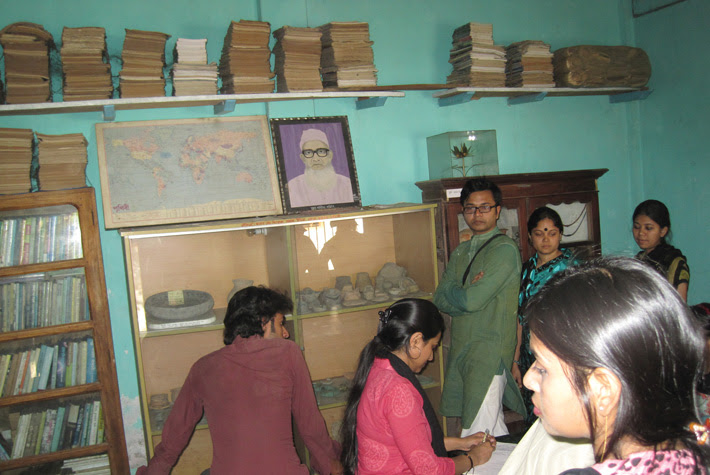 guestbook-signing-Pathan-museum