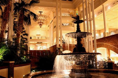 How Much Does an Opryland Hotel Wedding Cost