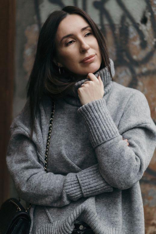 Le Fashion Blog Oversized Grey Turtleneck Sweater Via Gosiaboy