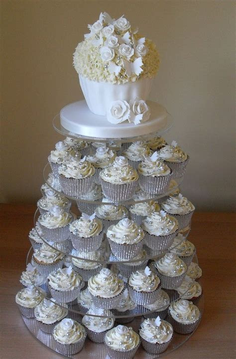 17 Best ideas about Silver Cupcakes on Pinterest   Pearl