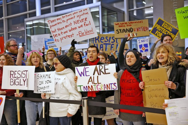 «Les gros problèmes dans les aéroports ont été... (AP)