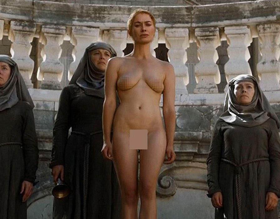 Lena Headey as Cersi Lannister