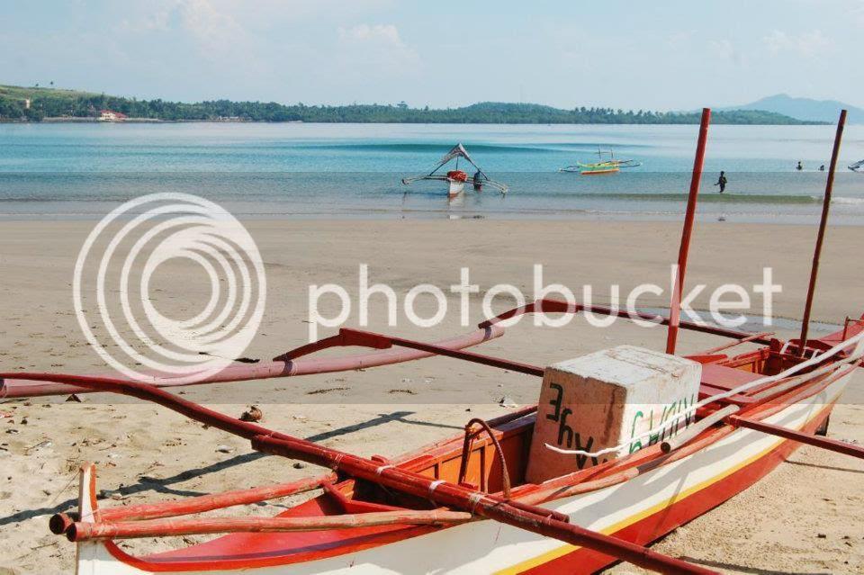 hindi yan ang boat namin...yun oh! pero kasing liit din nyan.tapos sampu kami. gowd luck!