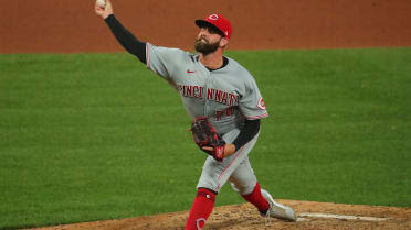 Reds place Tejay Antone (forearm) on IL