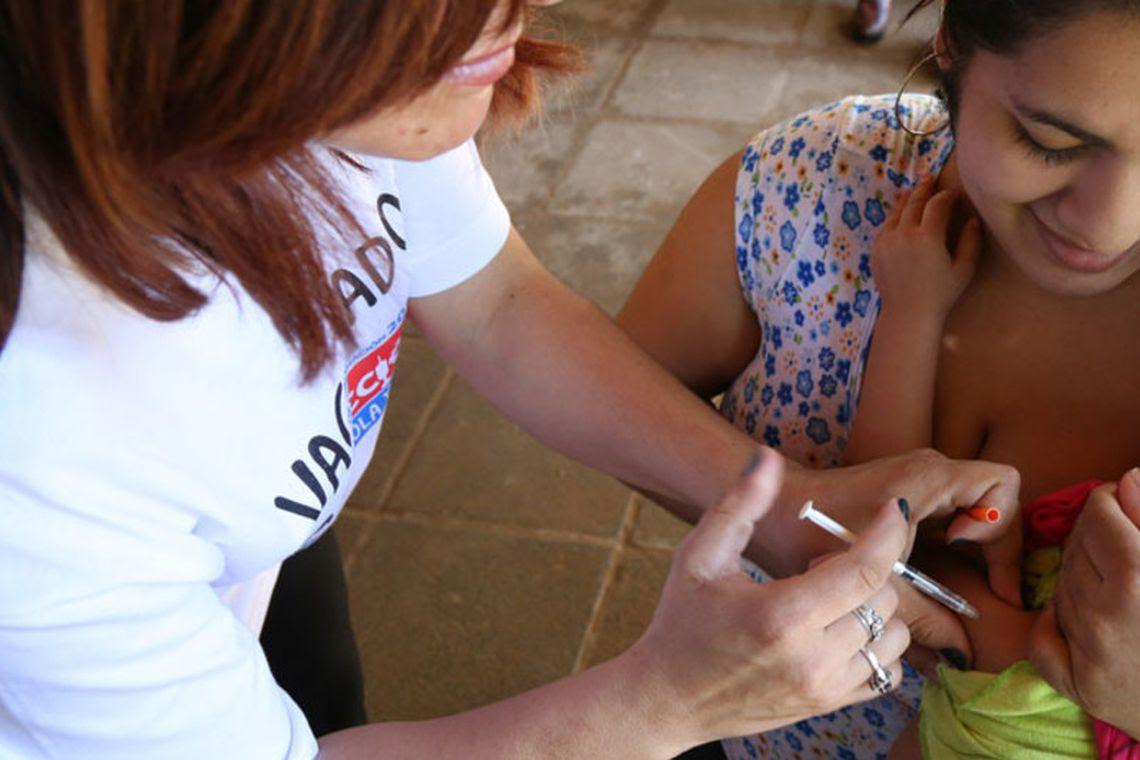 A vacinação contra o sarampo é essencial para evitar novos casos :