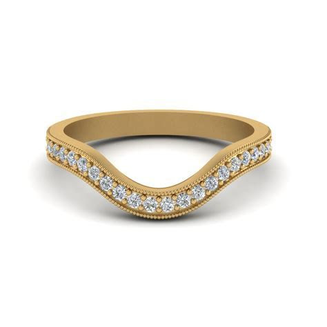 Milgrain Pave Curved Diamond Wedding Band In 14K Yellow