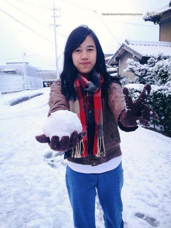 snowing_japan