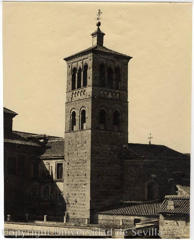 Torre de la Iglesia de San Román a principios del siglo XX. Fototeca de la Universidad de Sevilla. Foto M. Moreno