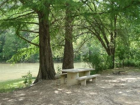 """KL RANCH CAMP """"ON THE RIVER""""   Updated 2019 Prices"""