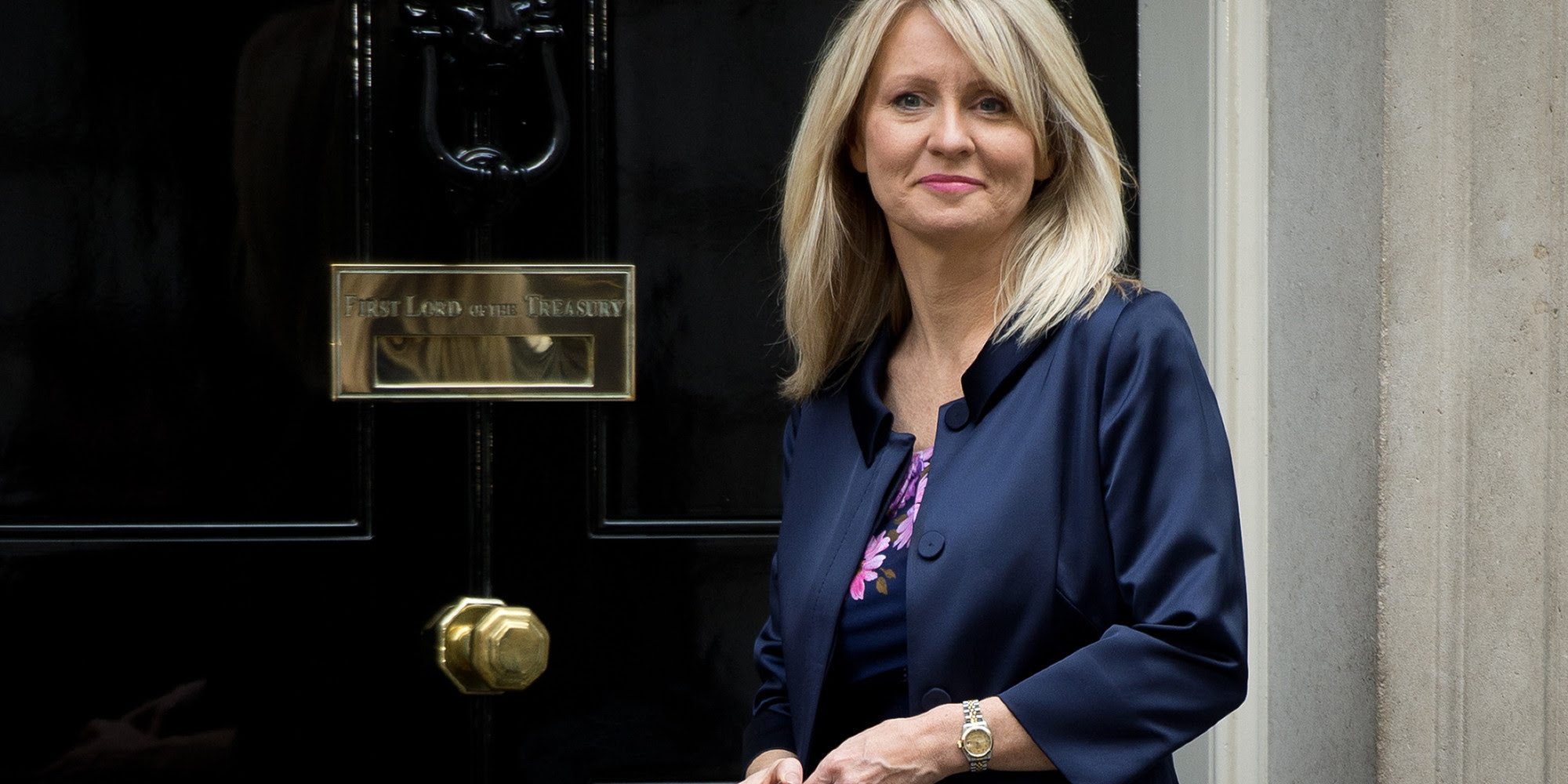 o ESTHER MCVEY facebook
