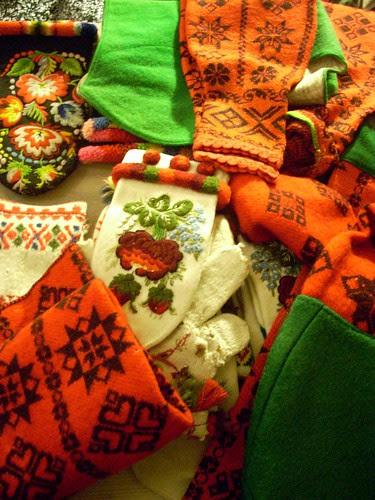 Knitted items from Dala-Floda by Asplund