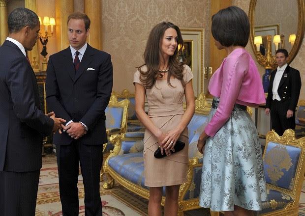 Com um look de menos de U$$ 500 para visitar os Obama (Foto: Getty Images )