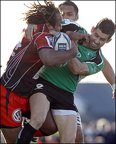 Gabiriele Lovobalavu of Toulon battles with Connacht's Frank Murphy