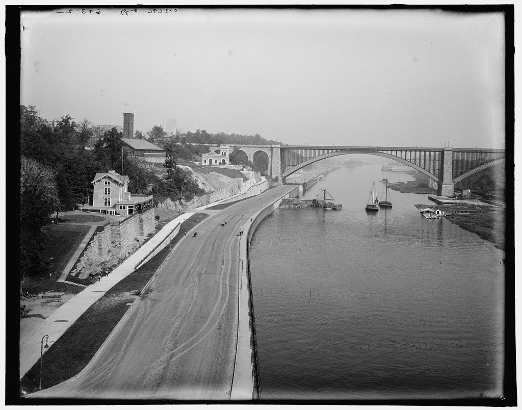 The Washington Bridge crosses the Harlem River between Manhattan and the Bronx. Below it to the left is Harlem River Drive.
