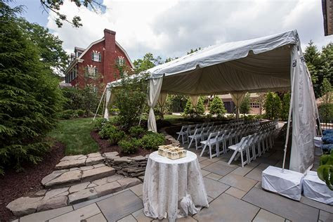 Outdoor Wedding Ceremony Photos   Pittsburgh PA   PartySavvy