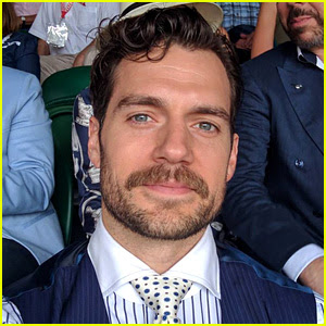 Henry Cavill's Facial Hair Will Be Digitally Removed from 'Justice League' Reshoots