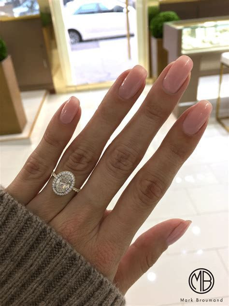 We couldn't be more thrilled about this two toned oval