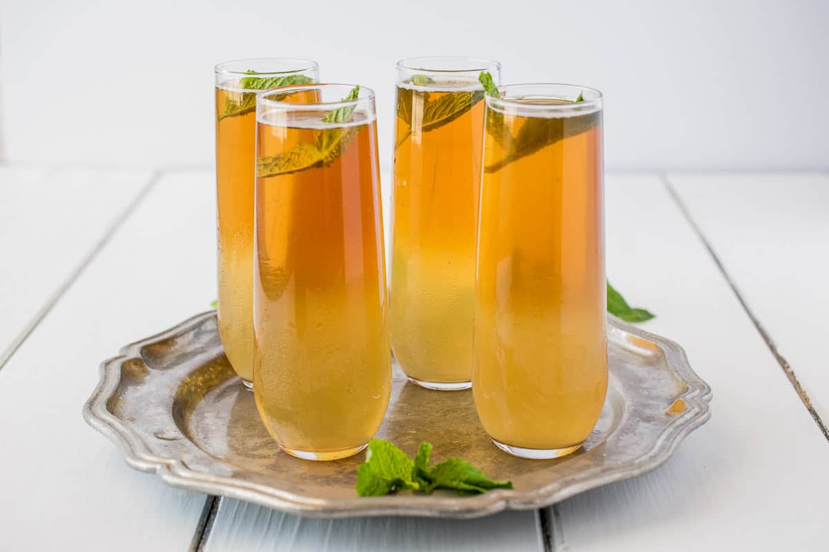 Earl Grey ginger spritzer