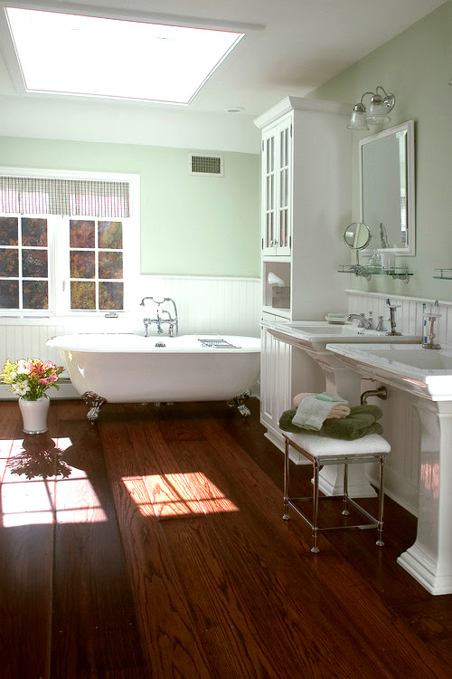 i love wood floors in bathrooms | For the Home | Pinterest