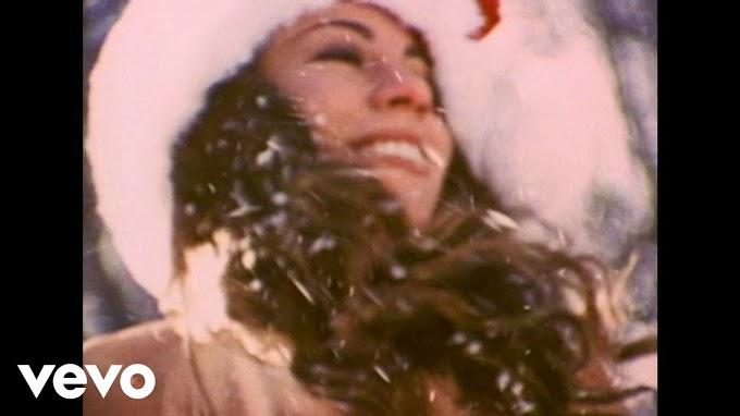 All I Want For Christmas Lyrics - Mariah Carey | LyricsAdvisor