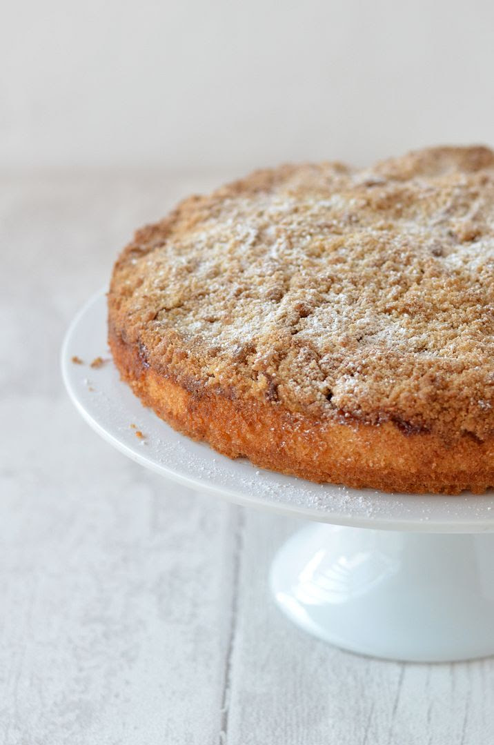 German Apple Streusel Cake