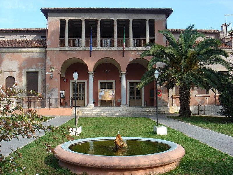 File: Garbatella - Casa dei Bimbi 01630.JPG