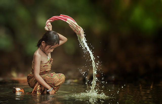 Breathtaking Daily Life of Village People in Indonesia  Incredible Snaps