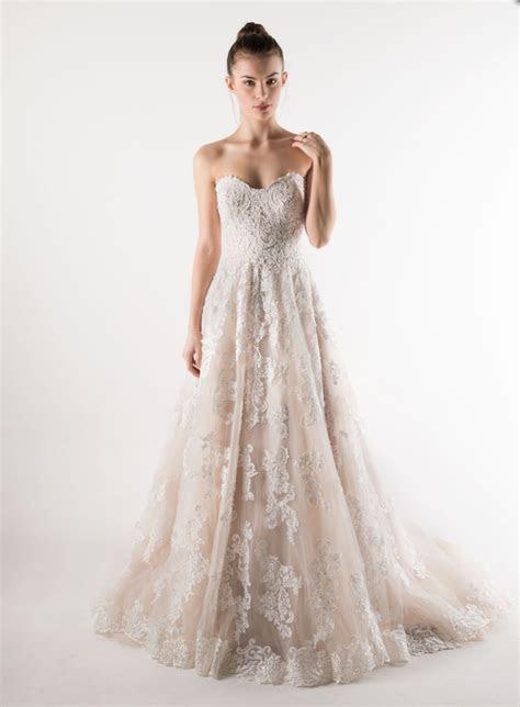 Mia Solano Claire SKU: M1657 Preowned Wedding Dress on
